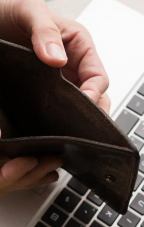 """""""Pare de ganhar mal"""": dez coisas que você precisa saber antes de pedir um aumento"""